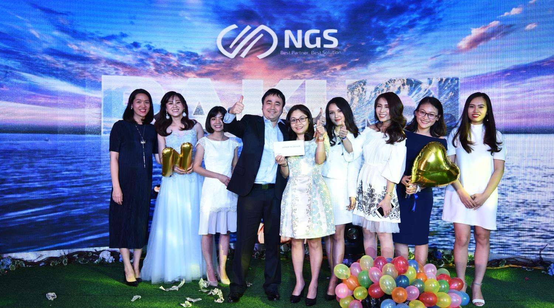 Về NGS